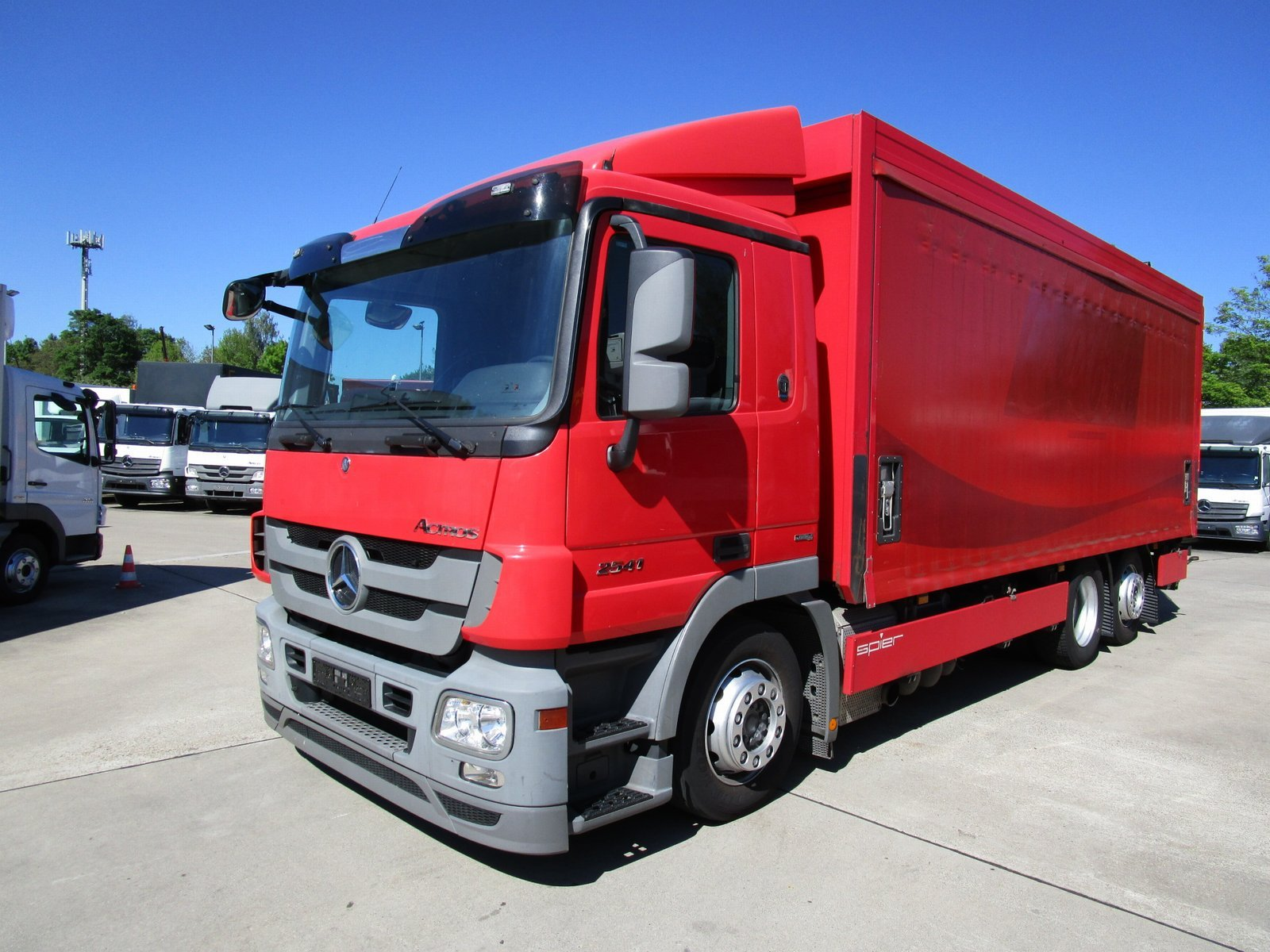 ACTROS 2541 L Getränkekoffer 6,90 m LBW 2 T Lenk