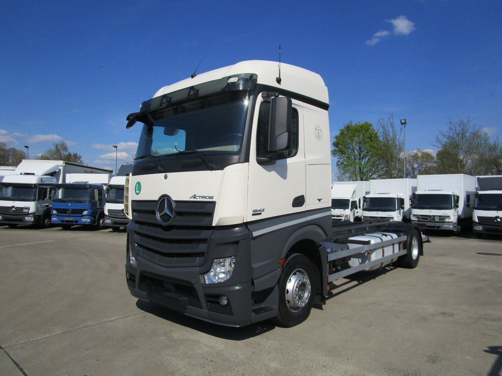 ACTROS 1842 LL Wechsel-Fahrgestell U-LBW 2 to.