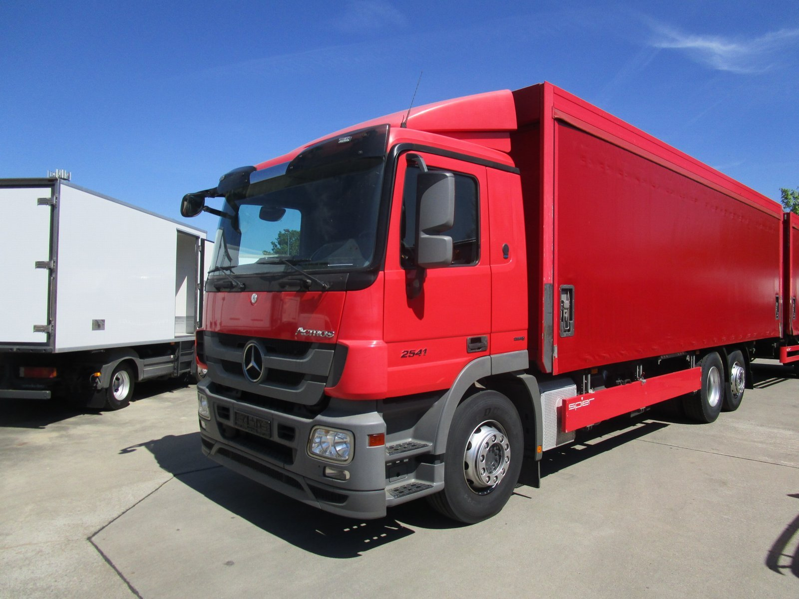 ACTROS 2541 L Getränke Curtainsider LBW 2 to.