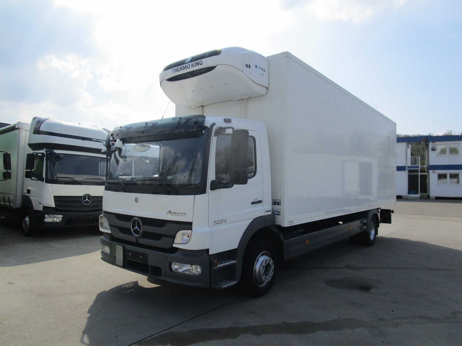 ATEGO 1224 L Kühlkoffer 7,4 m LBW 1,5*THERMOKING