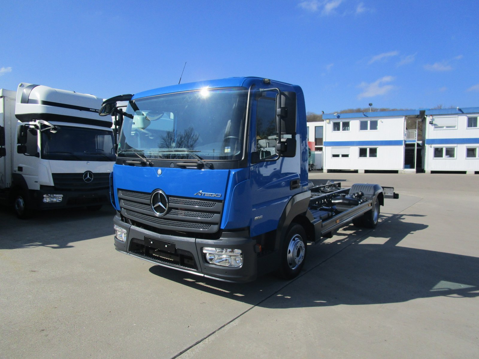 ATEGO IV 816 Fahrgestell Radstand 4.2 m * EURO 6