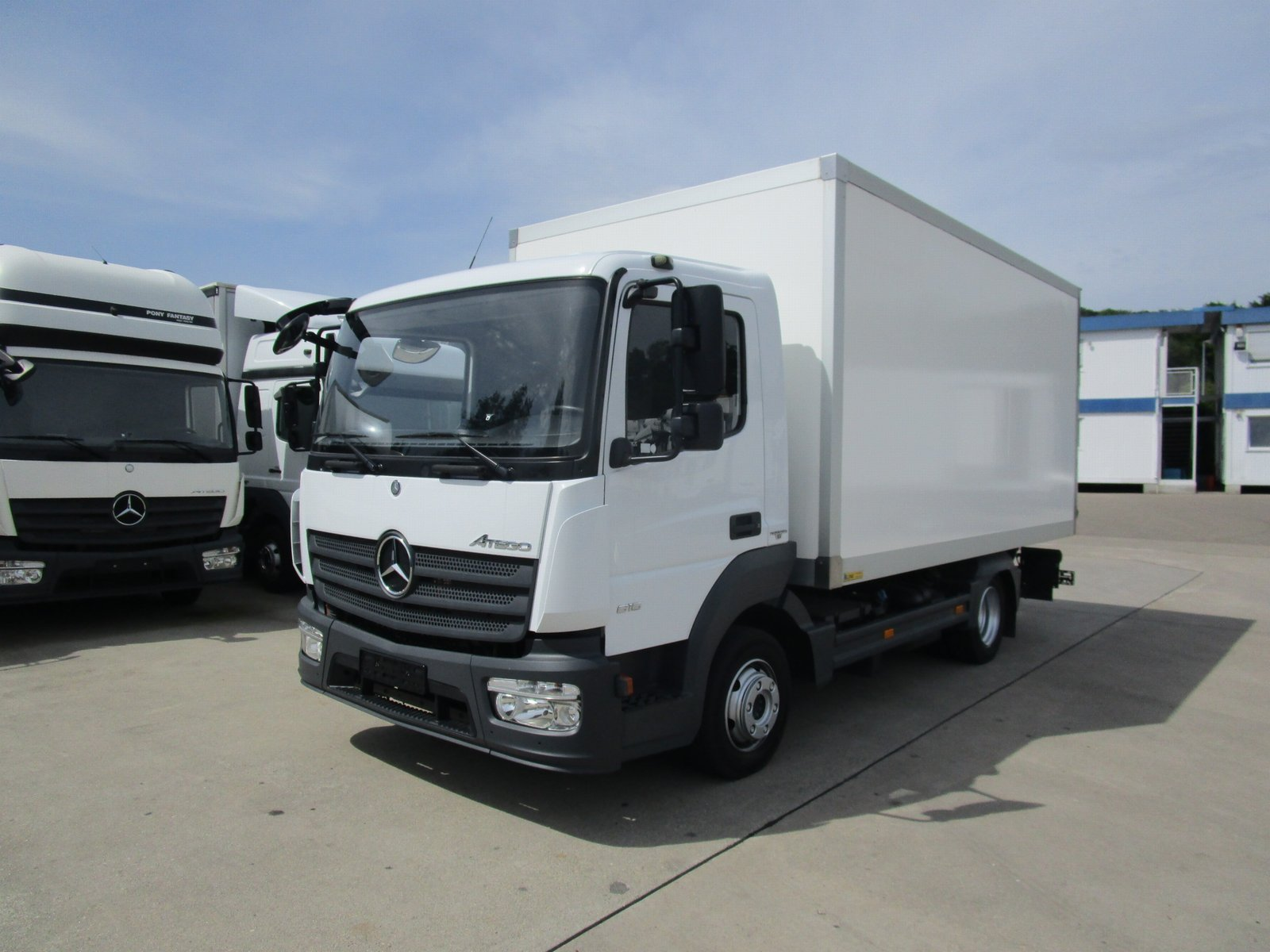 ATEGO IV 816 L Koffer 4,60 m LBW 1 to.* E 6